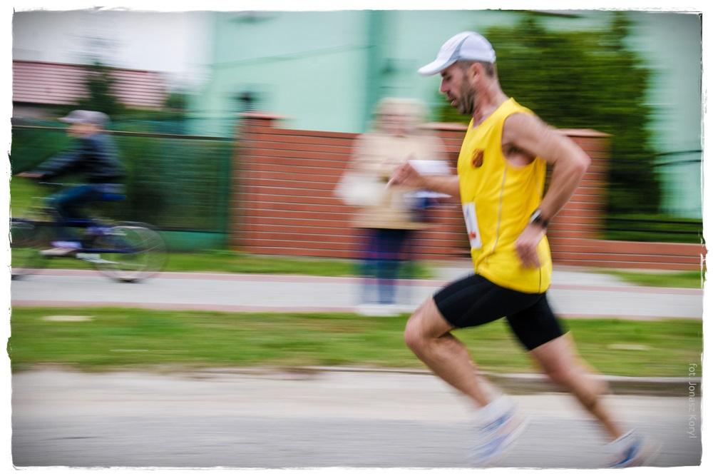I Półmaraton Doliną Samy i Pyrlandzka Dycha Kaźmierz 2013 - fot. Jonasz Koryl